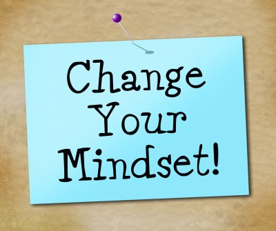 Change your mindset - We all know that having a broke mindset will get us nowhere. Now it's time to change and start creating a wealthy mindset to help us succeed financially.