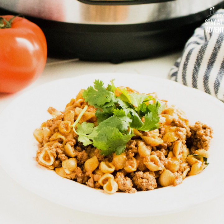 Instant Pot Cheesy Taco Pasta