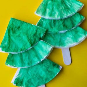 Coffee Filter Christmas Tree Craft for Kids