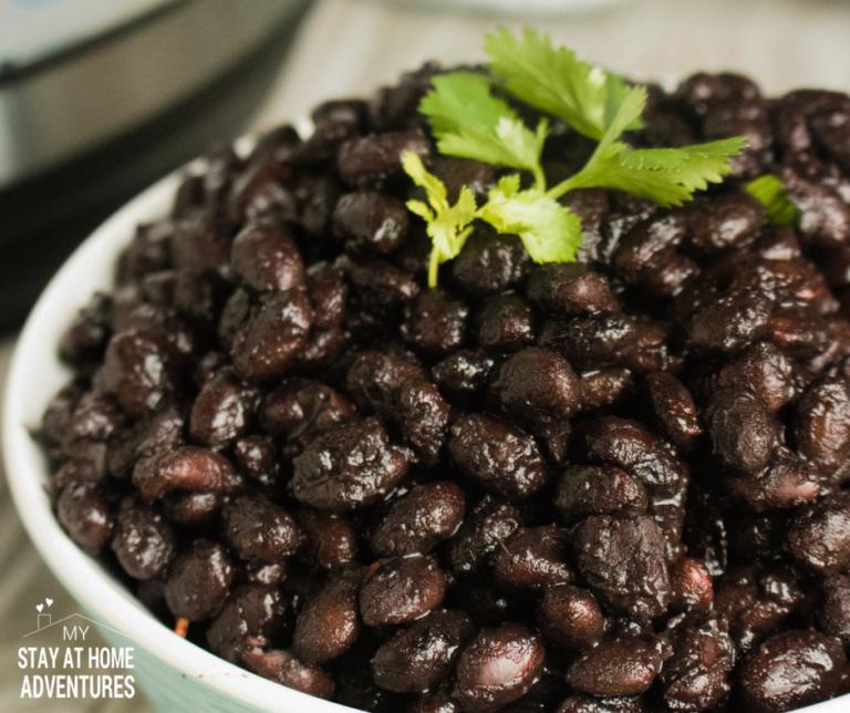 Instant Pot Black Beans / Frijoles Negros