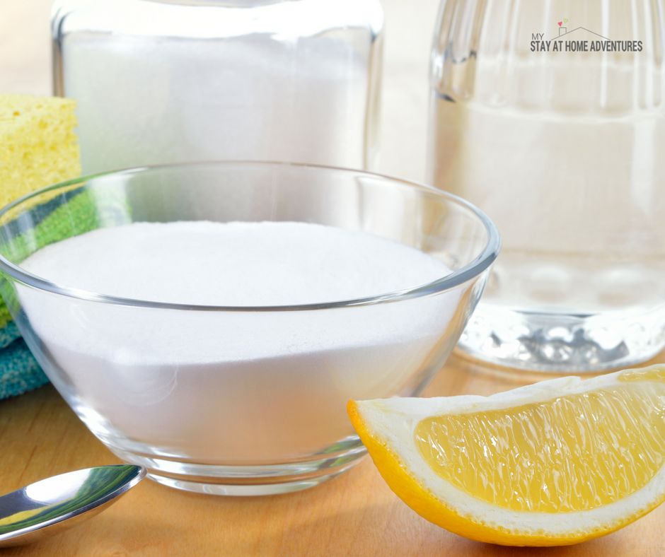 How to make homemade toilet cleaner with 3 ingredients.