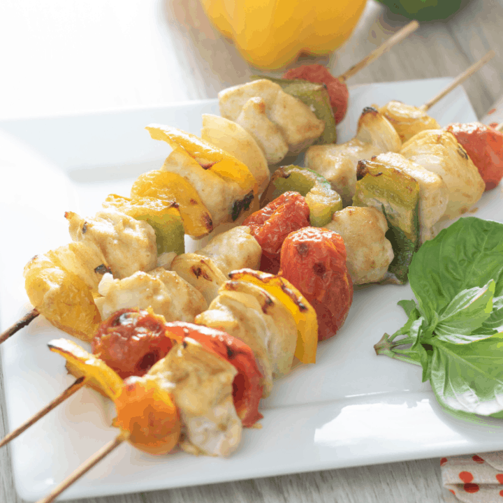 Air Fryer Curry Chicken and Pepper Kabobs