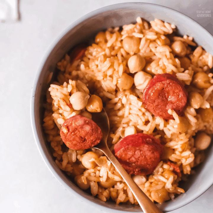 Arroz con Chorizo y Garbanzo