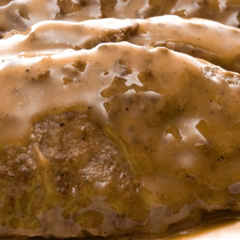 Slow Cooker Salisbury Steak  (plus 15 Delicious Summer Crockpot Dinner Ideas)